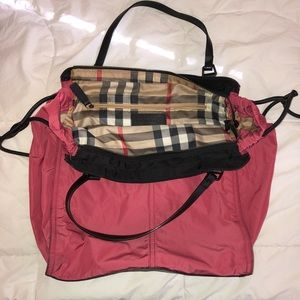 (1/2) Burberry Buckleigh Packable Nylon Tote Bag